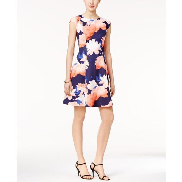 Vince Camuto Dresses | Floral Scuba Fit And Flare | Poshmark